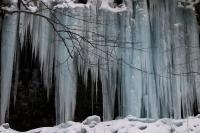 12-01-11 - Icicles to the right of Ganoga Falls ISO-100 Shutter-100 F-5,0 Focal-50.jpg